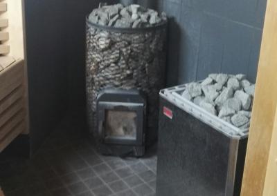 A-talon saunan sähkö- ja puukiuas